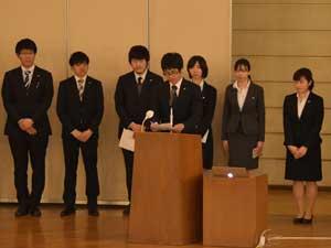 4年課程卒業研究・2年課程卒業勉強の報告会開催される