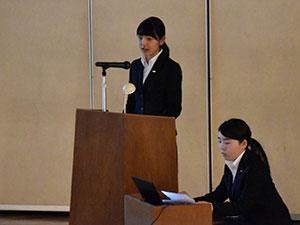 2年課程卒業勉強・4年課程卒業研究の報告会が開催される